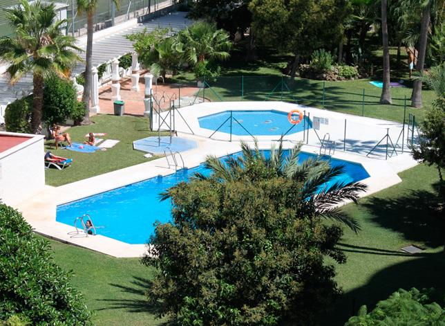 Jardines del gamonal apartments costa del sol spain travel republic - Jardines del gamonal benalmadena ...