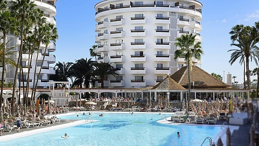 Servatur Waikiki Hotel, Playa del Ingles, Gran Canaria, Spain | Travel Republic