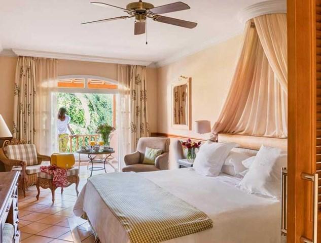 gran bahia del duque resort hotel travel republic. Black Bedroom Furniture Sets. Home Design Ideas