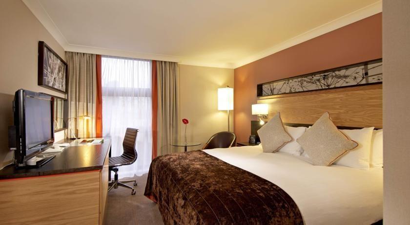 Cheap Hotels In Shepherds Bush London