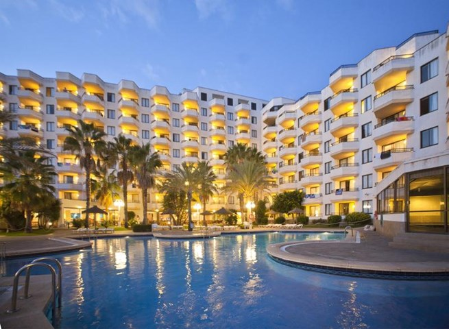 Trh jardin del mar apartments santa ponsa majorca spain for Hotel jardin del mar