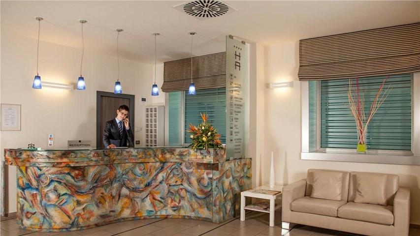 Hotel Artis Roma Italy