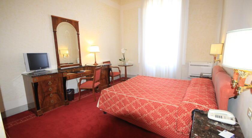 Hotel London Viareggio