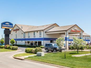 Howard Johnson Express Inn Wichita Wichita Kansas Usa Travel Republic