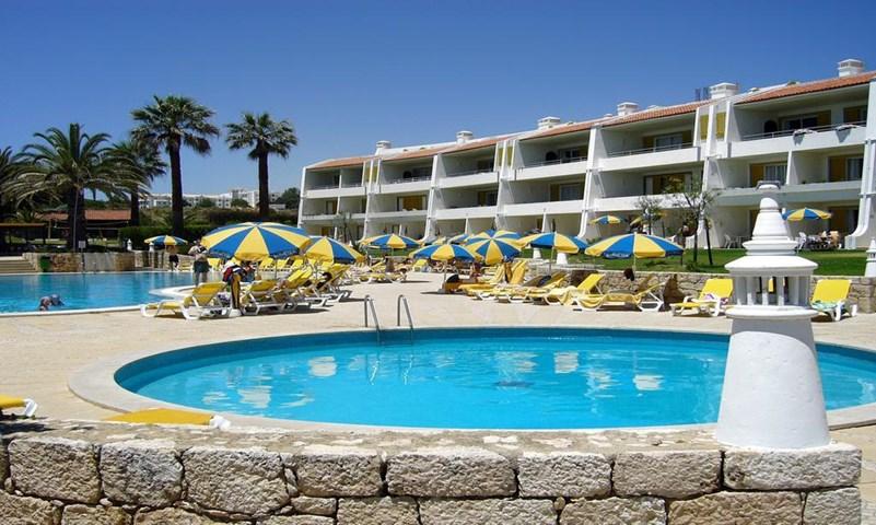 Jardim do vau aparthotel praia do vau algarve portugal for Cheap hotels in la porte tx