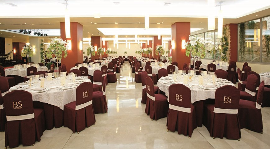 Bs capitulaciones santa fe granada spain travel republic for Hotel design bs as