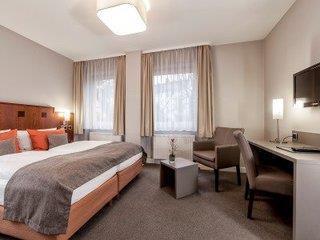 st annen dnata travel. Black Bedroom Furniture Sets. Home Design Ideas