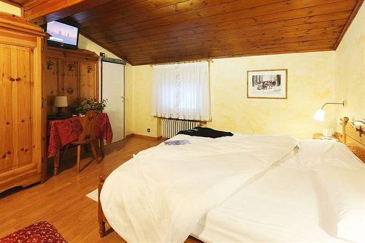 Meuble villa neve dolomites italy travel republic for Hotel meuble villa patrizia grado