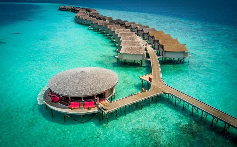 Centara Ras Fushi Resort & Spa Maldives, Giraavaru, Maldives | Emirates  Holidays