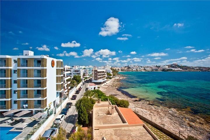 Ryans Ibiza Apartments - Adults Only, Playa d'en Bossa