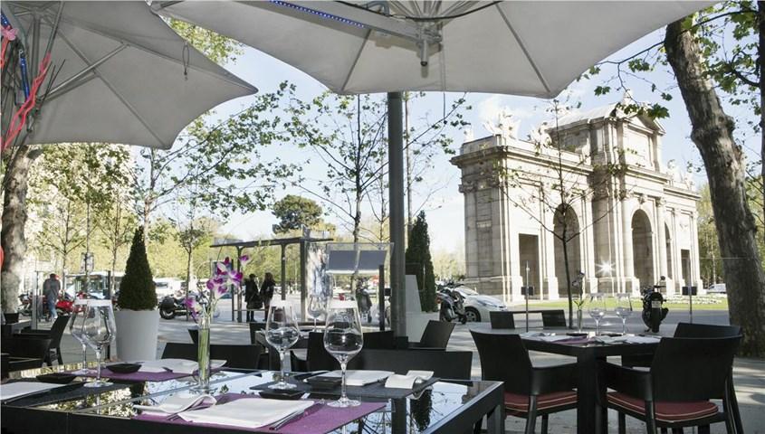 Hospes puerta de alcala madrid city madrid spain travel republic - Hotel hospes puerta de alcala ...