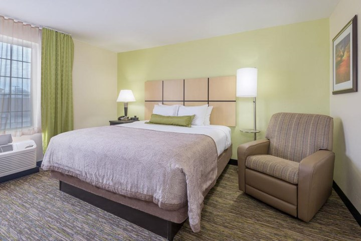 Candlewood Suites Oklahoma City Hotel - room photo 8866280