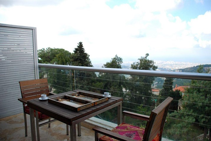 City suite aley beirut lebanon travel republic for Casino piscine aley