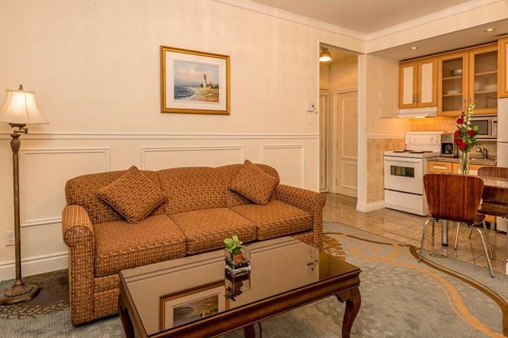 Parc suites hotel quebec canada travel republic for Hotel parc aquatique interieur quebec