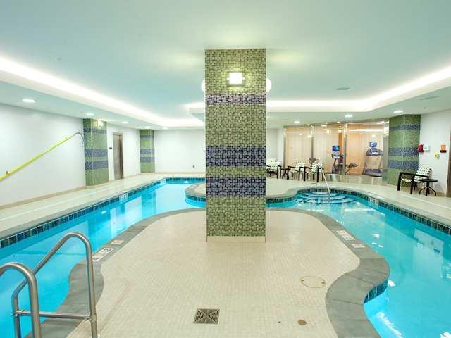 1 100 - Hilton Garden Inn Buffalo Downtown